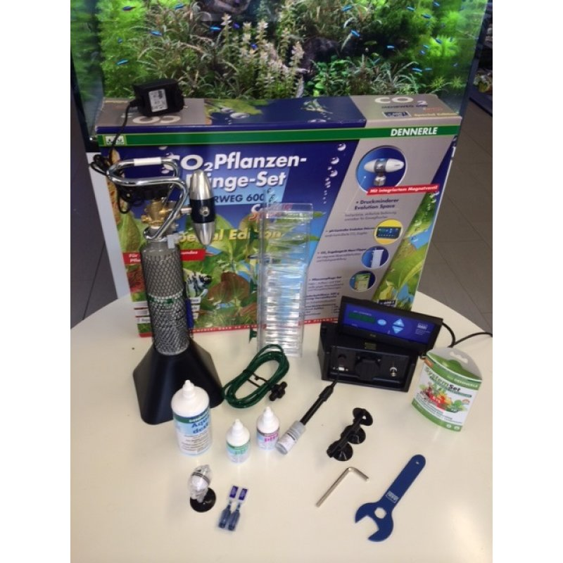 Dennerle, CO2 MEHRWEG 600 SPACE Special Edition inkl. pH ...
